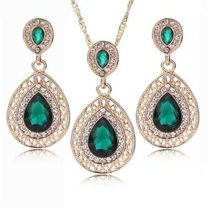 Gold Emerald & Cubic Zirconia Green Necklace set